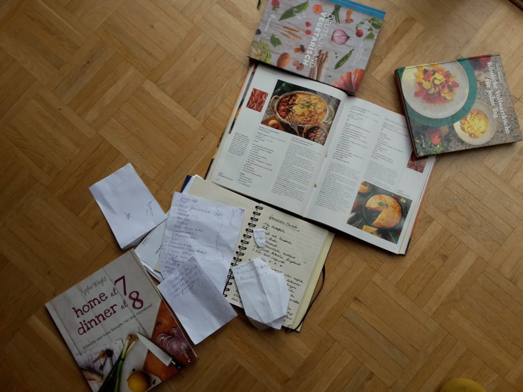 plötzlich: ein Haus voller Kochbücher