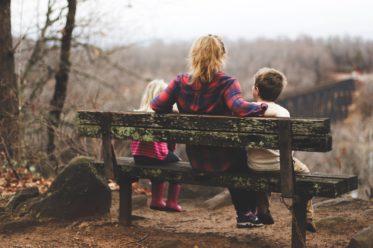 Faule Mütter - warum mehr Gelassenheit den Alltag mit Kindern erleichtert und faule Mütter ziemlich gue Mütter sei können