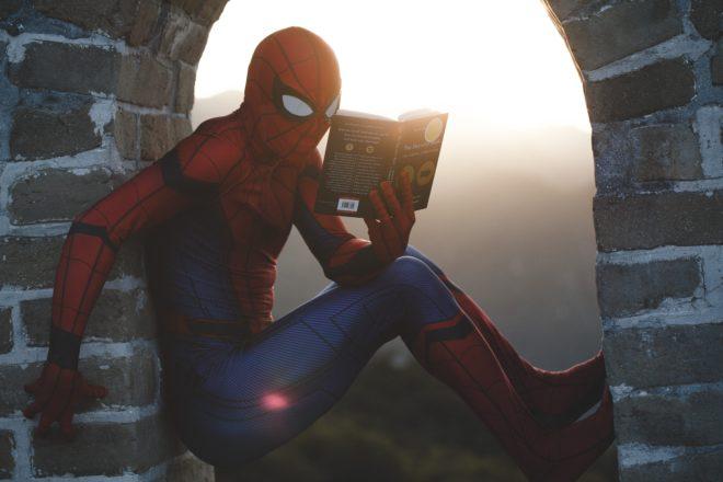 Wie du deinen Lesemuffel für Bücher begeisterst